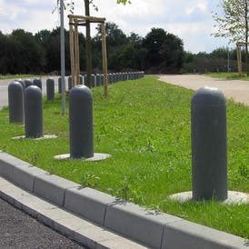 100% Recycled Plastic Bollards