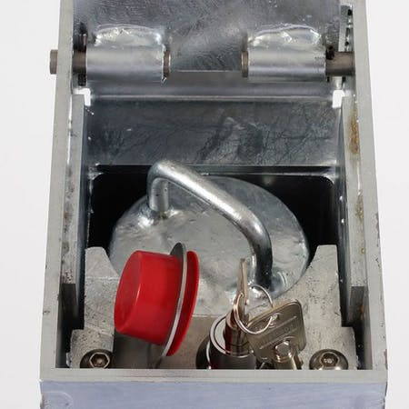 Retractable Bollard - Integral Lock - 500mm above ground
