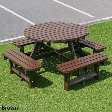 Round Picnic Table