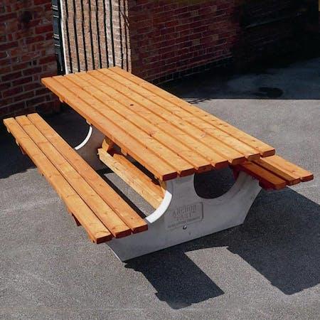 Wadebridge Picnic Table