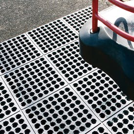 Fatigue-Step Interlocking Safety Tiles