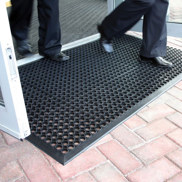 637082217585641534_worksafe-ramp-mat-new-web.jpg