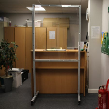 Floorstanding / Mobile Hygiene Screens