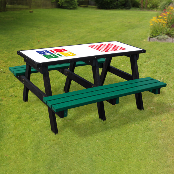 adult-activity-table_ludo_web.jpg