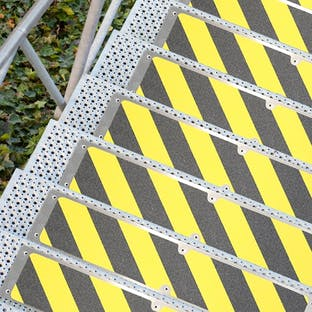 Anti-Slip Aluminium Stairtread