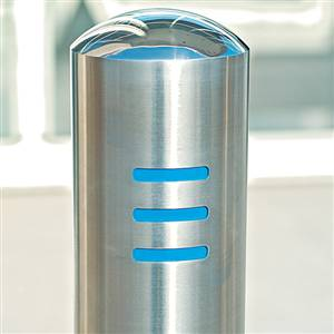 chichester-trend-stainless-steel-bollards_cms_site_products_images_610-1-1073_300_300_False.jpg