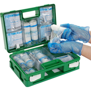 hse-compliant-catering-first-aid-kit-deluxe_22415.jpg