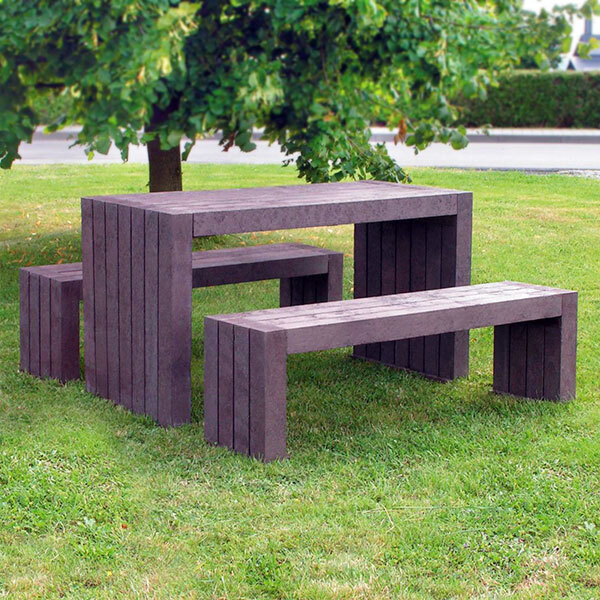 london-picnic-table--web.jpg