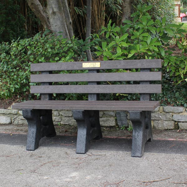 memorial-park-seat-with-back.jpg