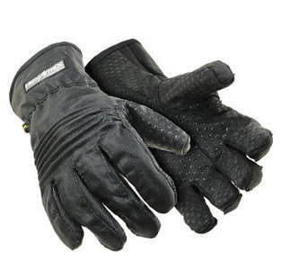 small_55-small_21-bodyguards-clear-powdered-vinyl-gloves-web.jpeg