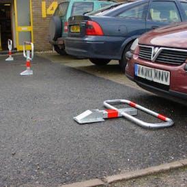 Commander Drop Down Parking Frame Post