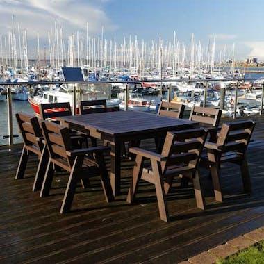 Crew's Table Set